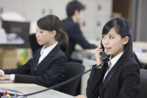 今どきの新入社員は電話応対ができない?これで安心!電話応対マニュアル