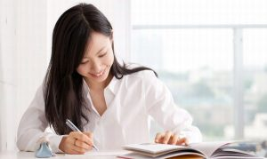 社員が希望する研修の費用を会社が負担したら、業務命令とみなされる!?