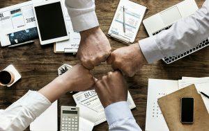 社員エンゲージメントを向上させる人事制度