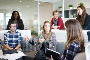 アルバイトの内定者が新卒入社した際の有給の付与について